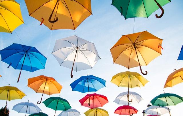 Kolorowe parasole
